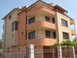 Хотелски стаи КРИСИ, Сарафово